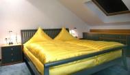 suite-schlafzimmer-ansicht-1