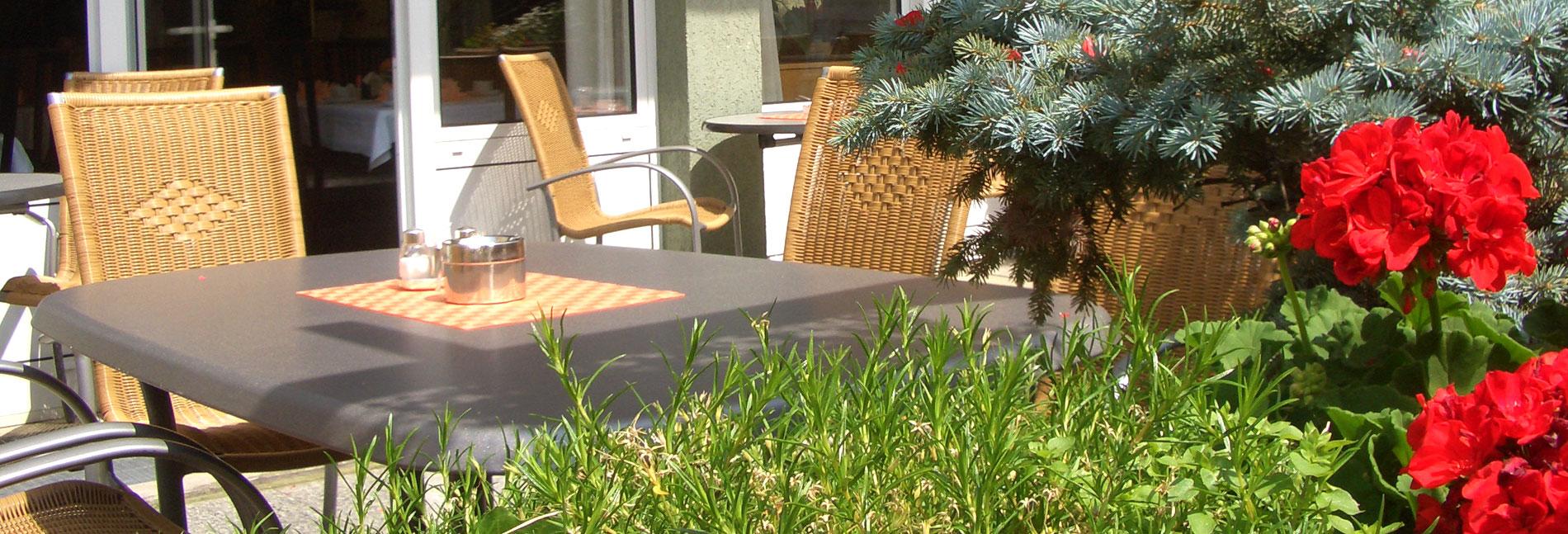 wettiner-hof-riesa-terrasse